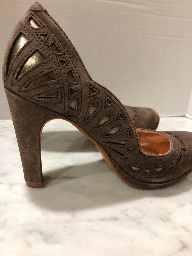 Anthropologie Miss Albright Specialty Leder Braun Bronze Cut Outs Heels Sz 6.5
