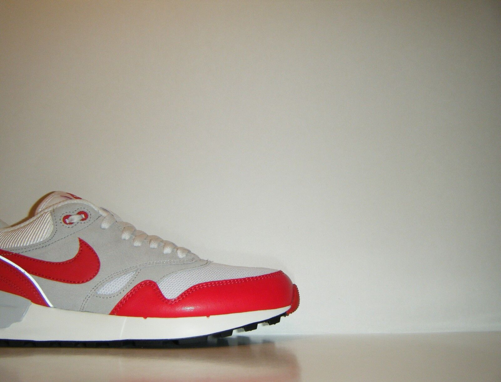 2015 Nike Air Odyssey OG Retro Classic Red White QS Max 9.5 Trainer 652989-106 1