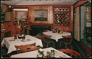 HARWICHPORT-MA-Carriage-Trade-Restaurant-Vintage-Interior-View-Postcard-Old-PC