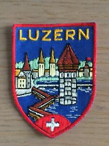 Ecusson blason tissu brodé Luzern en Suisse années 60