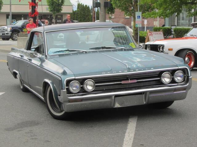 Old Photo  1964 Oldsmobile Dynamic 88 automobile