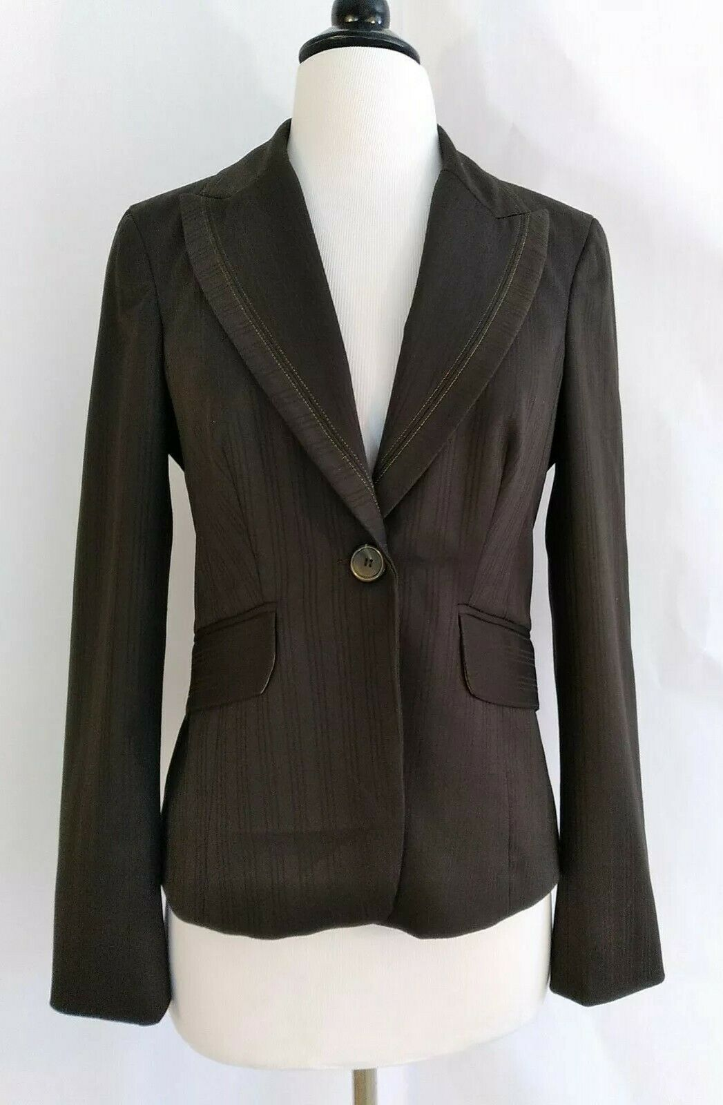 Bebe 8 brown Career Jacket Blazer Lined long sleeve gold metallic accent used