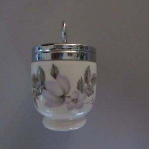 Royal-Worcester-China-EGG-CODDLER-Single-Egg-Std-Sz-June-Garland-Near-Fine