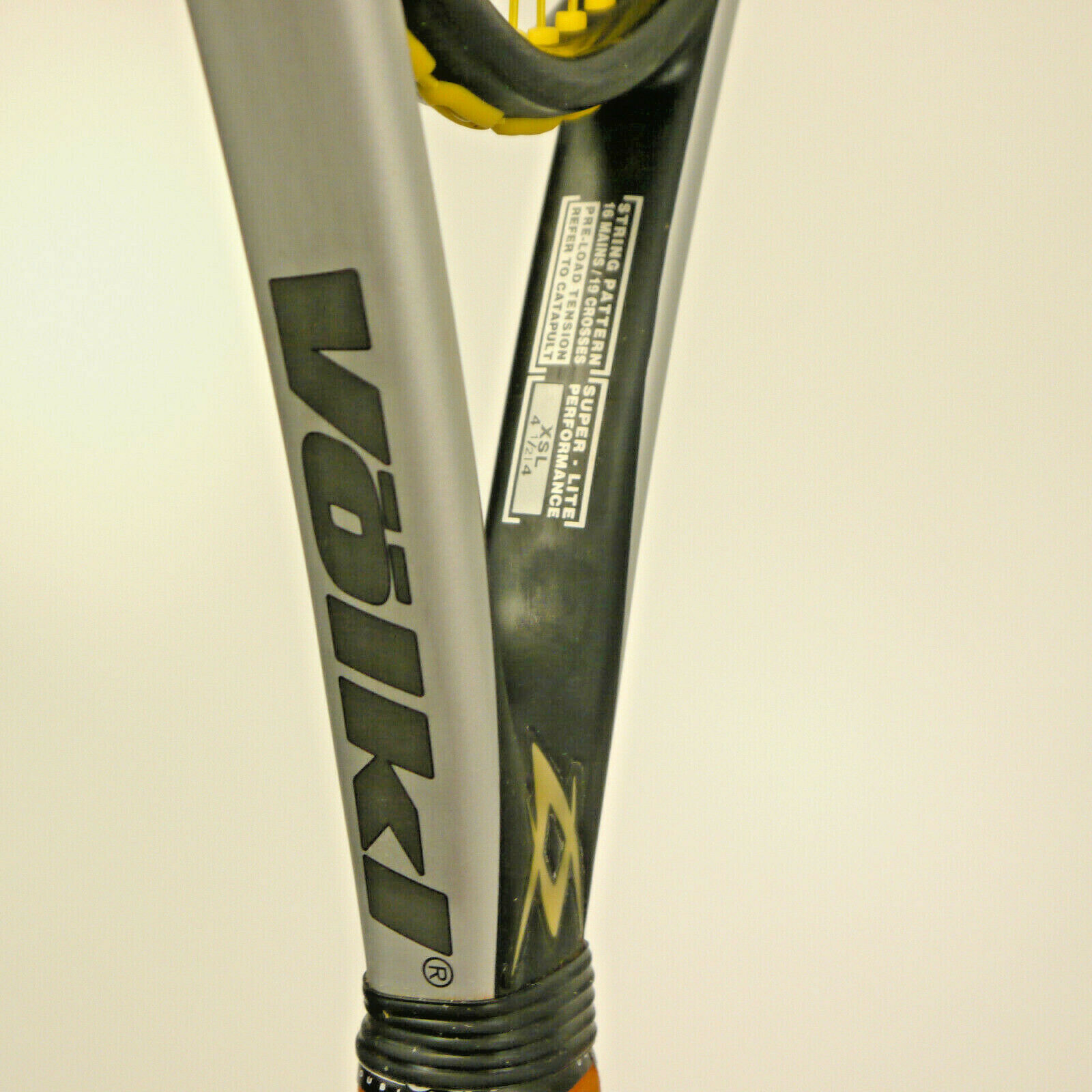 Volkl Quantum catapulta 3 tenis raqueta Sq 110 en 4.5  de agarre con cubierta