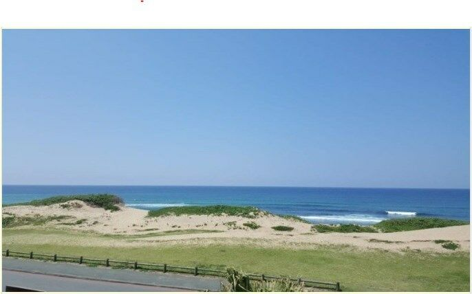 2/6 or 8 sleeper accommodation with sea view and direct access to beach