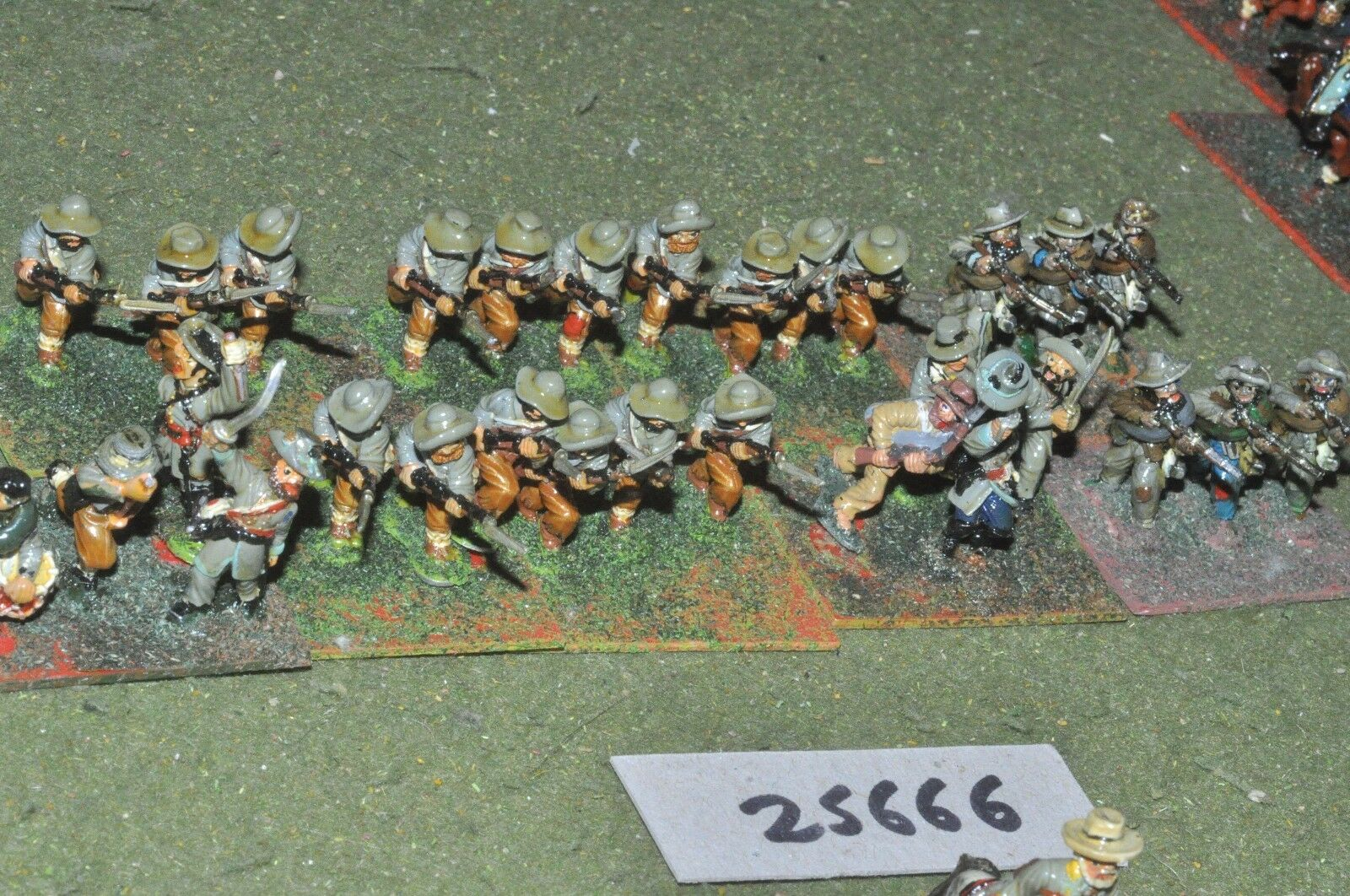 25mm ACW   confederate - regt 30 figures - inf (25666)