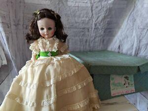 Vintage-Madame-Alexander-Scarlett-Ohara-Doll-Gone-With-The-Wind-w-Original-Box