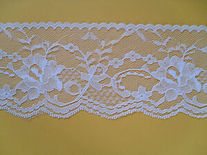 Cream Stretch Lace Trimming 5mts 3cm Wide