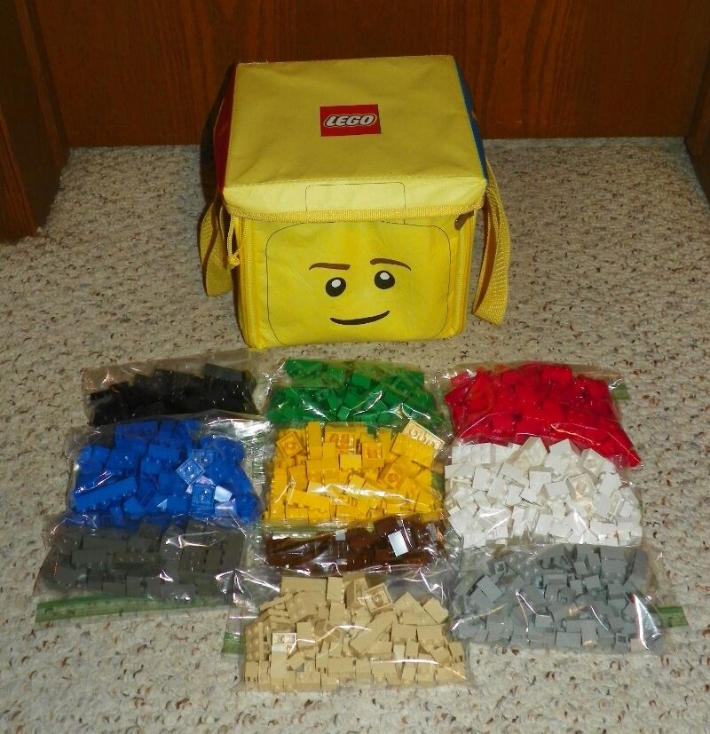 LEGO 4107 - Creator: Build Your Dreams 1001 Pc w/ Booklet, Plate & Zip Bin / Mat