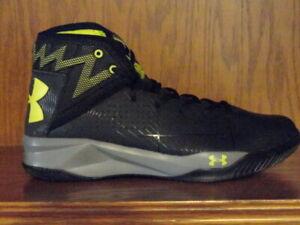 BASKETBALL SHOES Black/Gray/Yellow