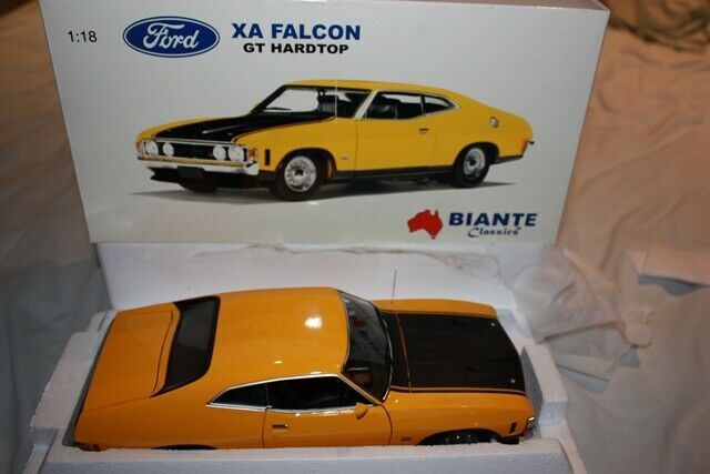 Ford falcon XA, Yellow Fire, 1 18, Autoart 72746, COA 1004 5000, Brochure, Rare