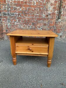 CONTEMPORARY-MODERN-DOUBLE-SIDED-PINE-COFFEE-TABLE-SIDE-TABLE-WITH-DRAWER