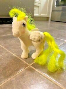 VTG-My-Little-Pony-Figure-G1-So-Soft-Lofty-Flocked-Fuzzy-Yellow-Balloons-Pegasus