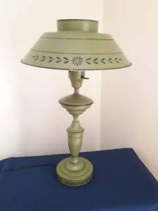 Vintage-Tole-Lamp-Retro-Green-Enamel-Metal-with-Milk-Glass-Insert