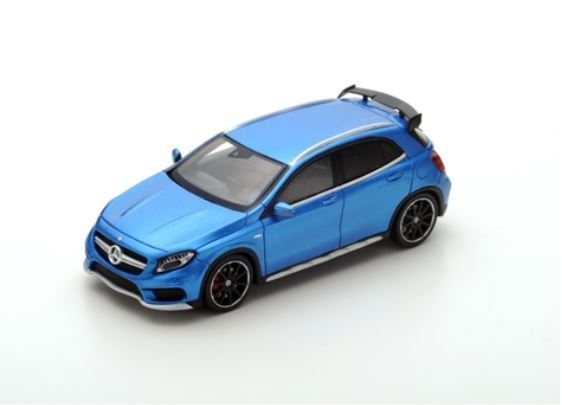 Mercedes Benz GLA 45 AMG - 2015 - bleu electric - Spark