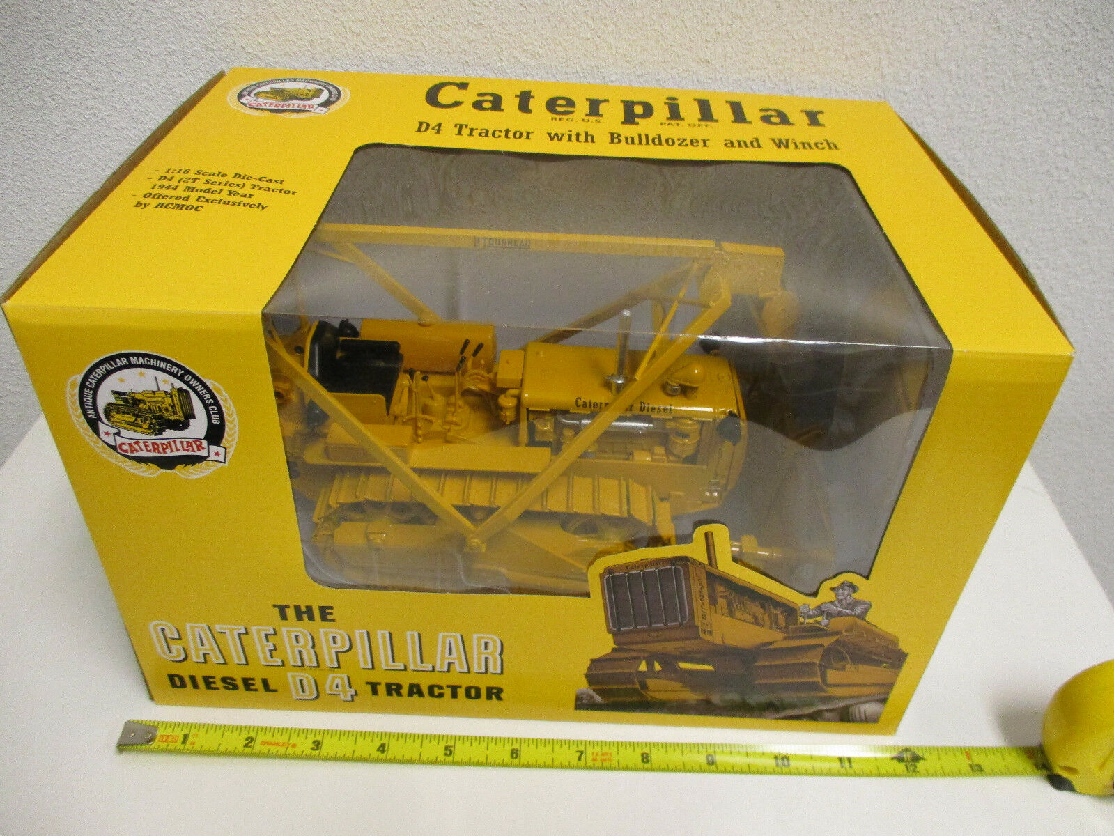 Caterpillar D4 Crawler With Bulldozer Bulldozer Bulldozer and Winch ACMOC Edition By SpecCast 2109a3