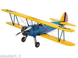 Stearman-PT-17-Kaydet-Revell-Aeroplane-Kit-1-48-03957