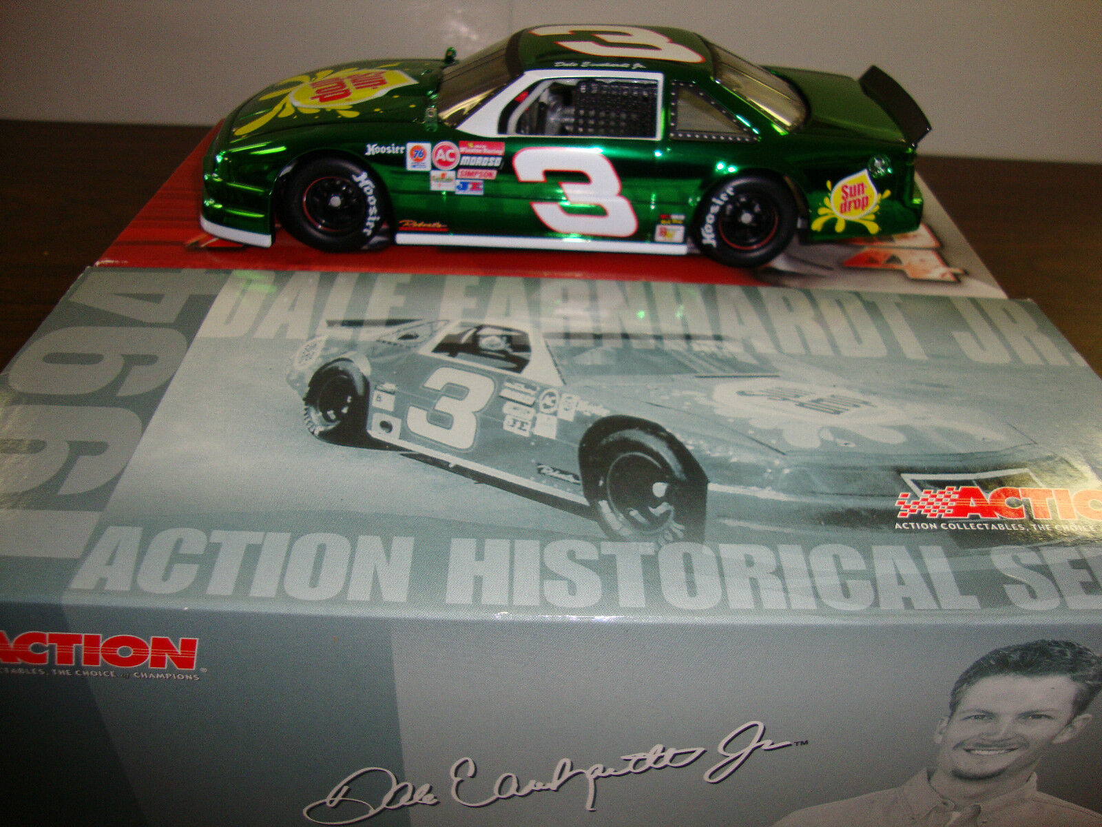 più economico Dale Earnhardt Jr.--- 3 Sun-Drop---Coloreeee Chrome---Historical Series--Diecast-COA Series--Diecast-COA Series--Diecast-COA  alta qualità