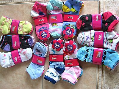Fancy Assorted Designs Ladies ankle socks 9-11 cotton blend NEW W/Tags casual