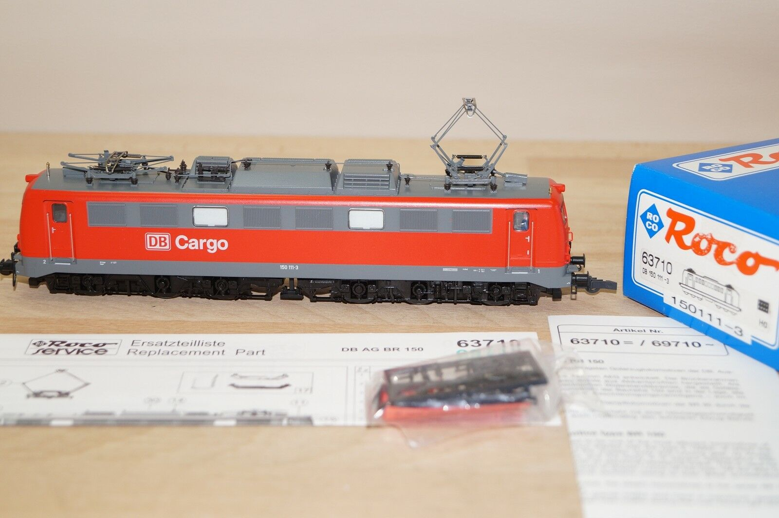 Roco 63710 Elektro-Lok der DB AG Cargo BR 150 111-3 in rot Schnittstelle OVP