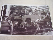 1955 FORD TUNDERBIRD ASSEMBLY LINE IN B/W  11 X 17  PHOTO  PICTURE