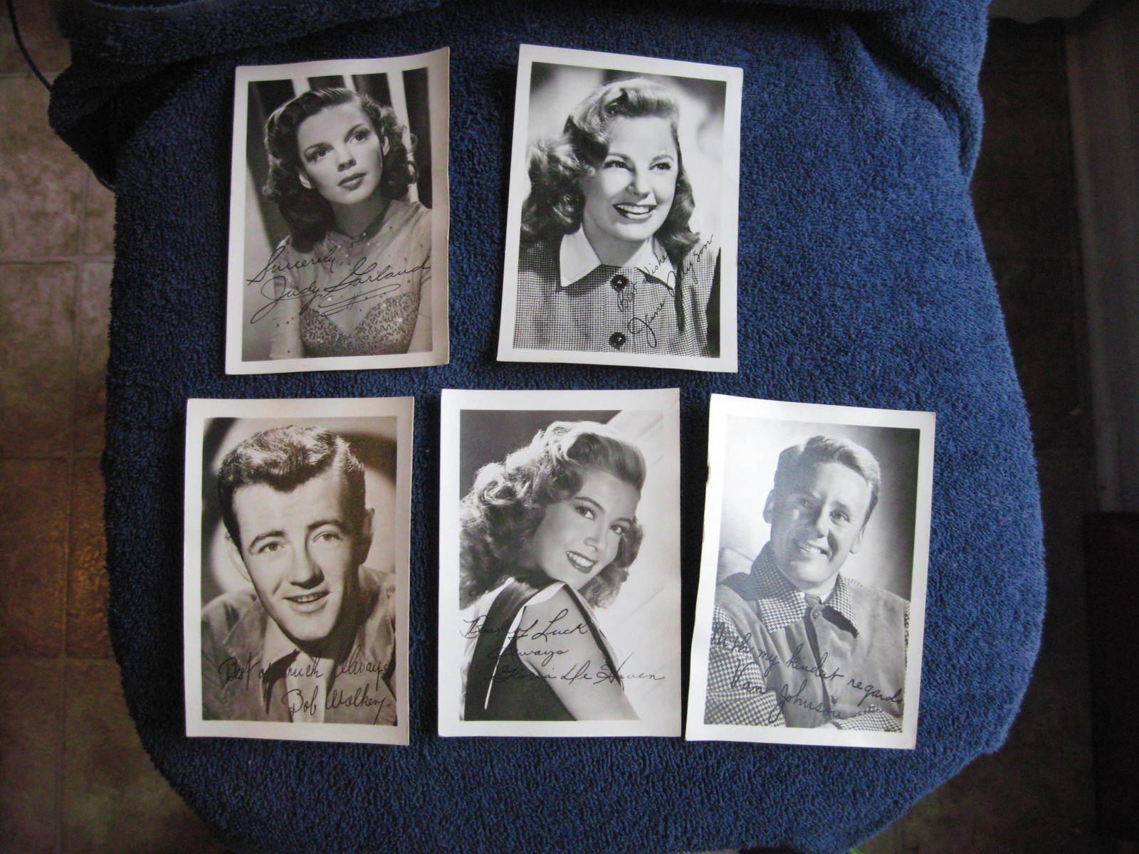 1950s PUBLICITY PHOTOS MOVIE STARS LOT OF (5) JUDY GARLAND, VAN JOHNSON, 2