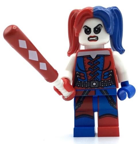 LEGO HARLEY QUINN MINIFIG SUPER HERO DC BATMAN 2 RED BLUE SLEVES W// BAT