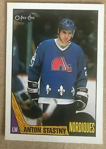 Anton Stastny #185 1987-88 O-Pee-Chee - Quebec Nordiques (Very Nice Card)
