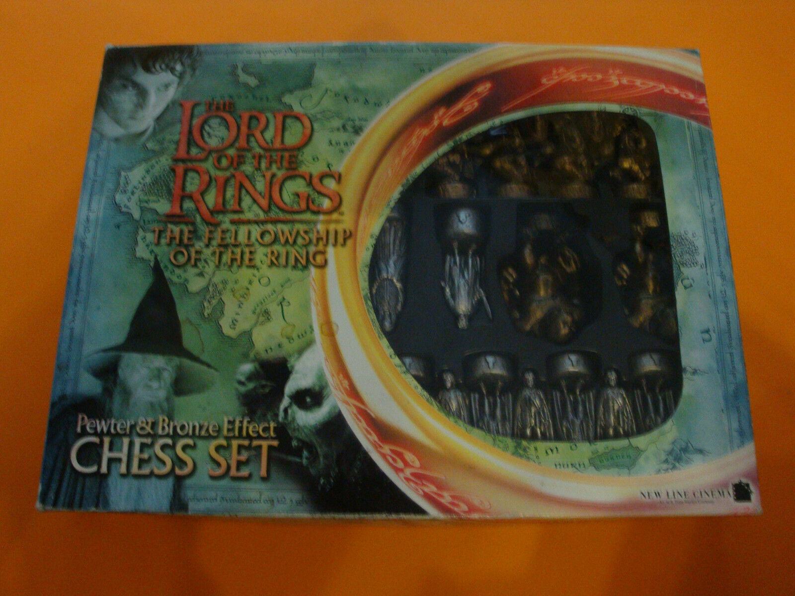 The Lord of the Rings-The felloship of the Ring Chess Set
