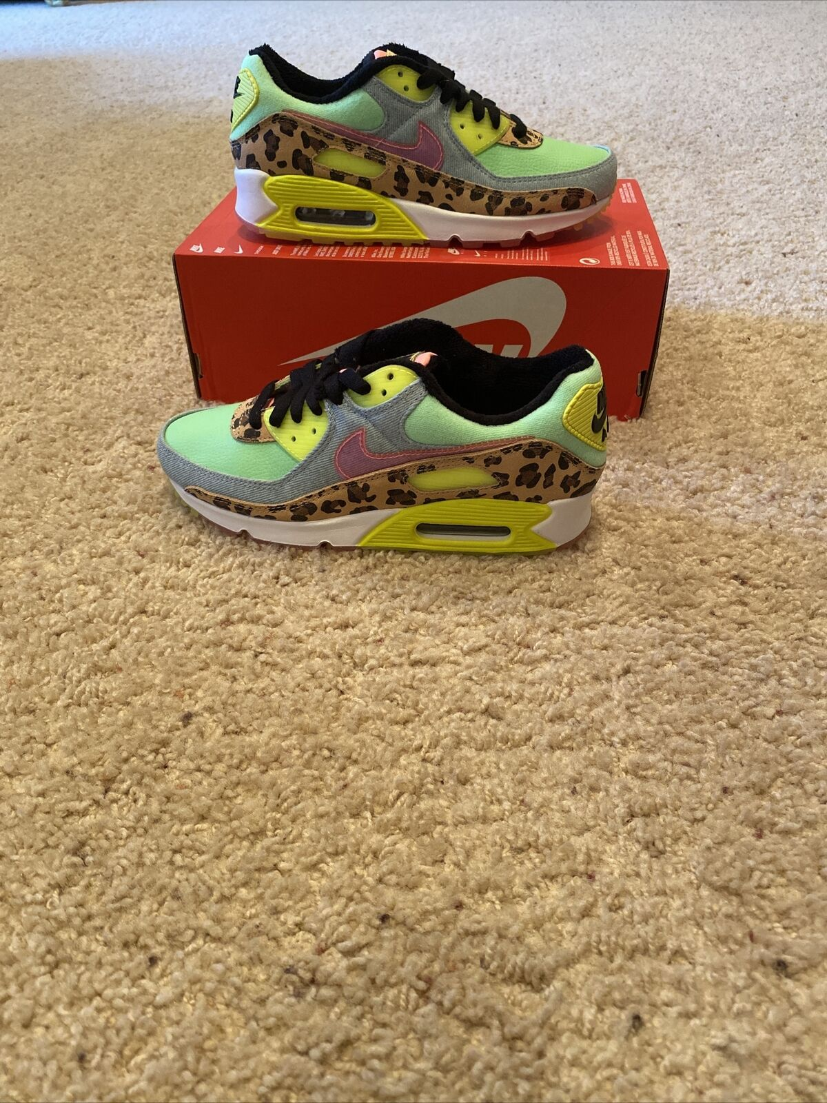 Size 8 - Nike Air Max 90 LX Illusion Green 2020 for sale online   eBay