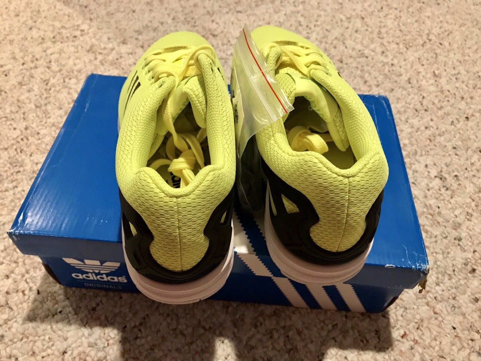newest d33bc 6d6d8 ... ADIDAS ADIDAS ADIDAS ZX FLUX Electric Yellow Size 8 8171d9 ...