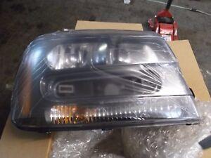 15899040-Scheinwerfer-vorne-rechts-Chevrolet-Trailblazer-03-09