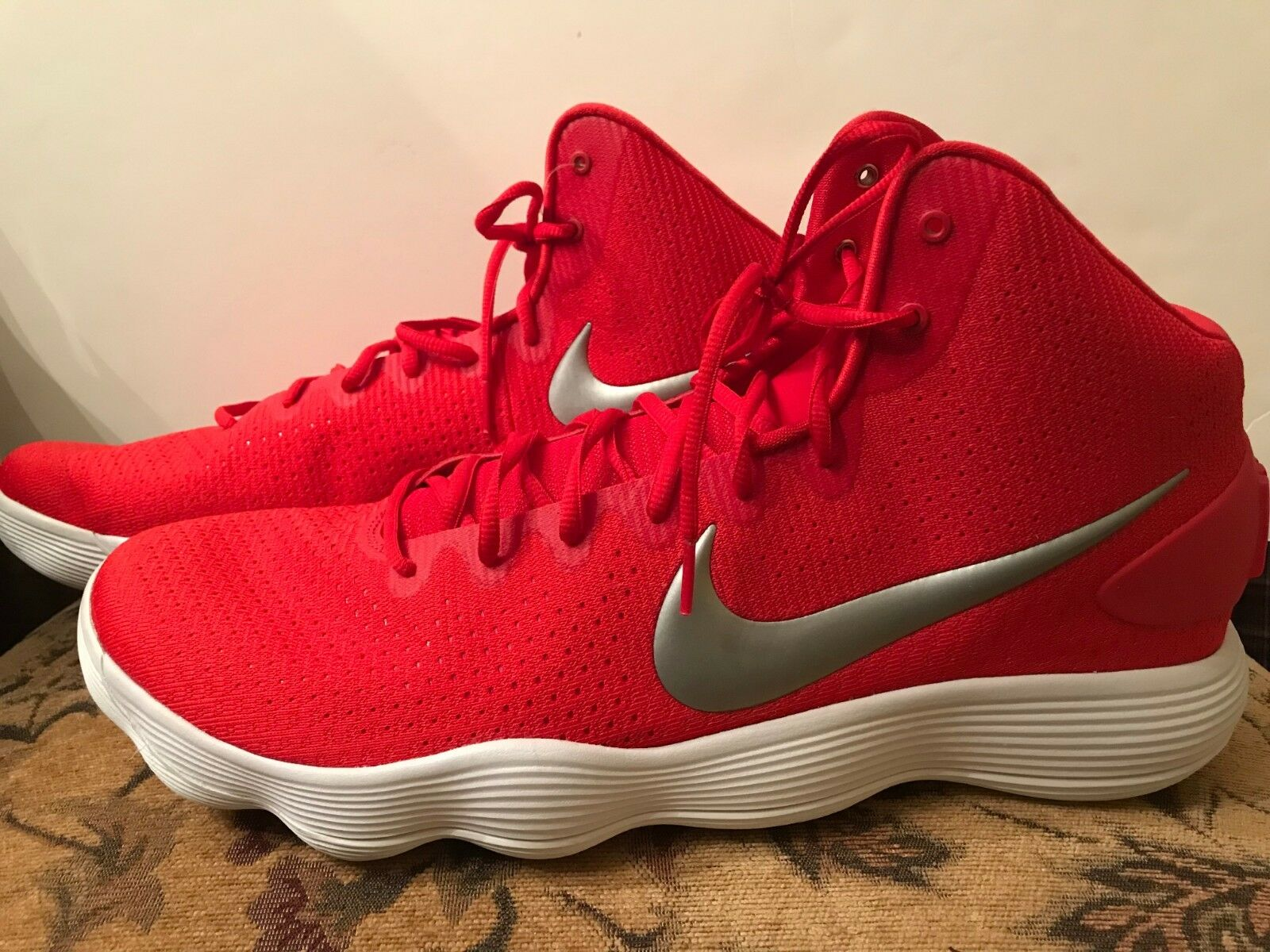 84bf1f1ddf82 New w o Tags Nike React Hyperdunk Hyperdunk Hyperdunk Size 18 Red Sneakers  bd468f