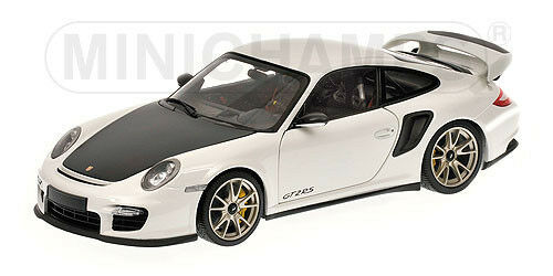 1:18 Minichamps PORSCHE 911 (997 II) GT2 RS 2011 WHITE - 100069400