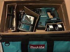 Makita XRH05 KIT 18V X2 LXT Cordless 1-Inch Rotary Hammer Kit **NEW IN THE BOX**