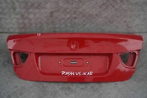 BMW-3-Series-E90-LCI-maletero-porton-trasero-karmesinrot-rojo-carmesi-A61