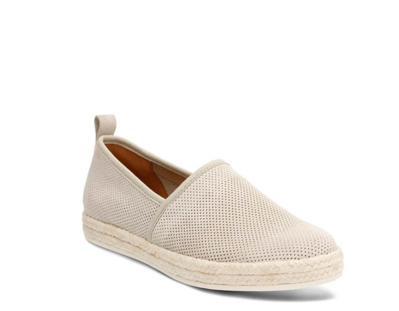Clarks Mujer Mujer Mujer azella Revere arena Suede Slip On Zapatos 26115879  tienda de venta