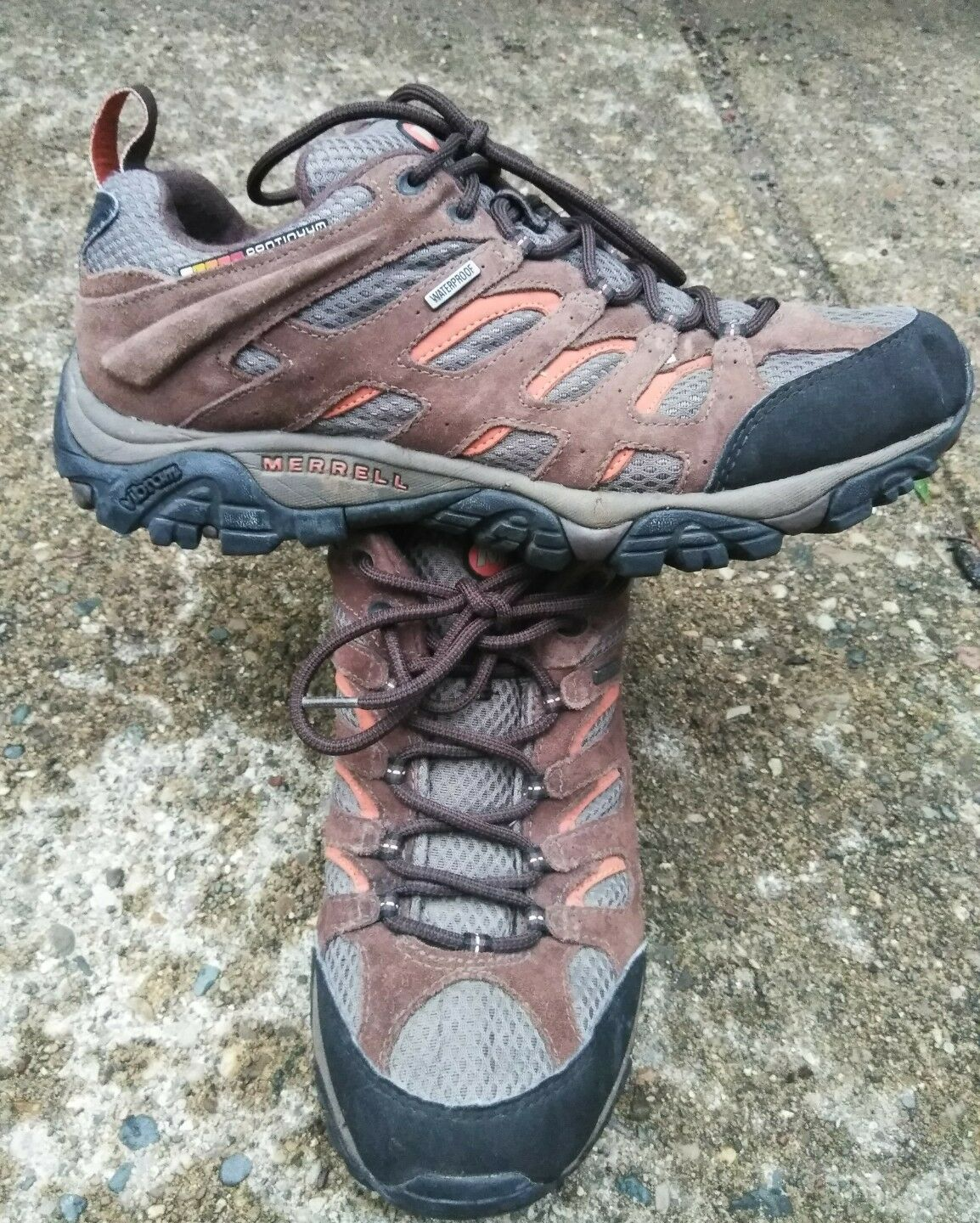 classic fit f39c2 e99f4 Gentleman Lady Merrell Chocolate Moab Comfortable feeling Won highly  appreciated and and and widely trusted
