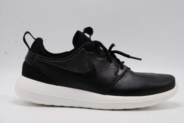 6657d07be23c WMNS Nike Roshe Two SI 2 Rosherun Black White Women Running Shoes ...