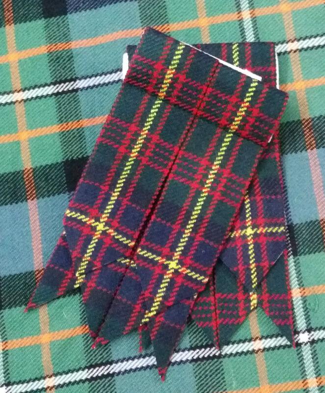 Freundlich Neu Herren Kilt Socken Blitze Cameron Von Erracht Tartan / Highland /