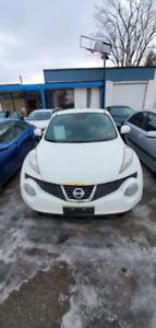 Great price 2014 Nissan Juke 5900$ certified
