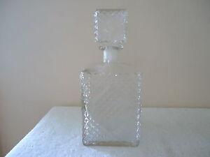 Vintage-2-Pint-Glass-Whiskey-Liquor-Diamond-Designed-Decanter-034-BEAUTIFUL-ITEM