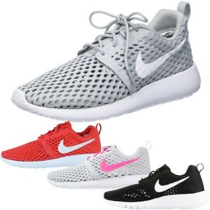 super popular 3e8c9 dd44b Details about Nike Roshe One Flight Weight Trainers Boys Size