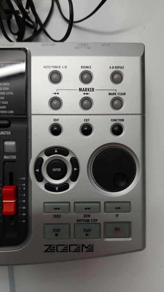 Zoom multitrak optager, Zoom MRS-8
