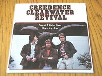 """CREEDENCE CLEARWATER REVIVAL - SWEET HITCH-HIKER   7"""" VINYL PS"""