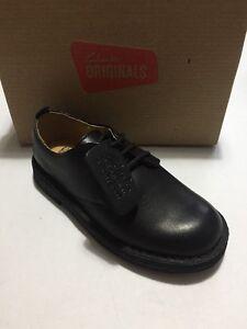 Desert 8g Boots Taille noir cuir Clarks Boys en Nouveau Uk qHwtxEvz7