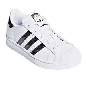 scarpe adidas nere lucide