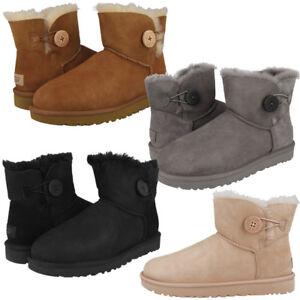 93aff2f023 Das Bild wird geladen UGG-Mini-Bailey-Button-II-Boots-Women-Damen-