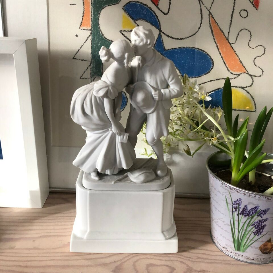 Porcelæn, Svinedrengen, Royal Whites Figur