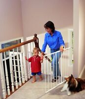 Kidco G20 Safeway Wall Mount Safety Gate In Black